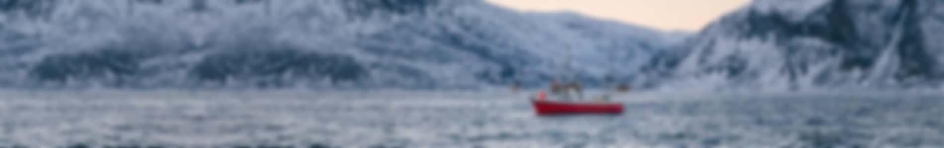 pêcheur équipé de joint tournant PSS dans un paysage hivernal