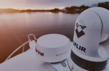 Seaview Dual Mount with FLIR M300 series thermal camera and Raymarine Quantum 2 radar